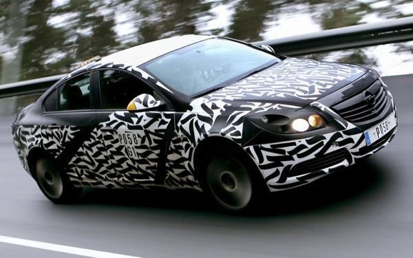 Opel Insignia oficiālās... spiegu bildes