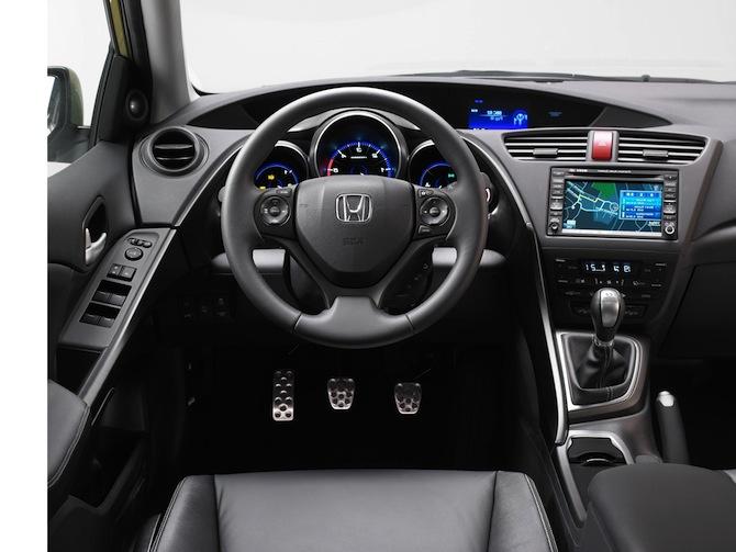 Honda Civic 2012 jau klāt