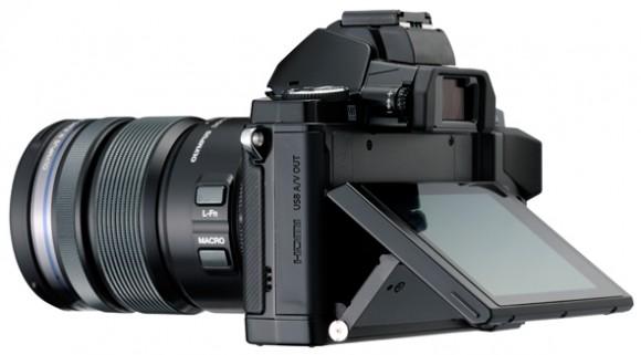 Olympus mēģina aizkustināt vecās skolas piekritējus, prezentē fotokameru OM-D E-M5