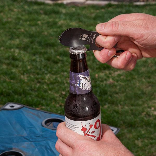 karote dakšiņa pudeļu attaisāmais velo atslēga