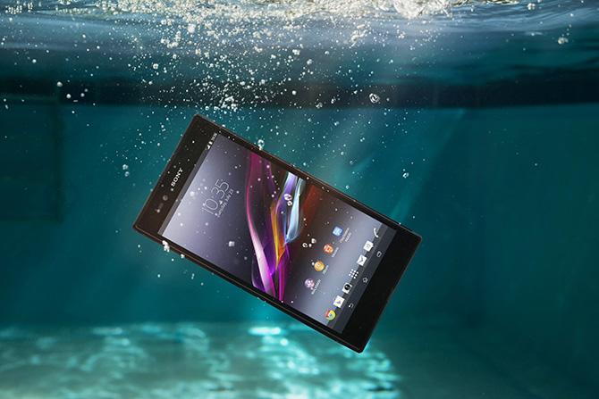 Prezentē jaunu, peldošu planšettelefonu - Sony Xperia Z Ultra