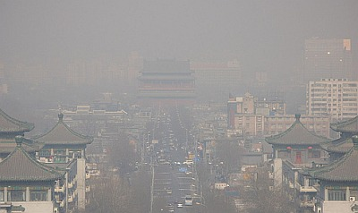 Pekin� likvid�s miljons automa��nu