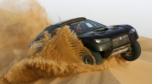 Racing Lancer tuksnesī