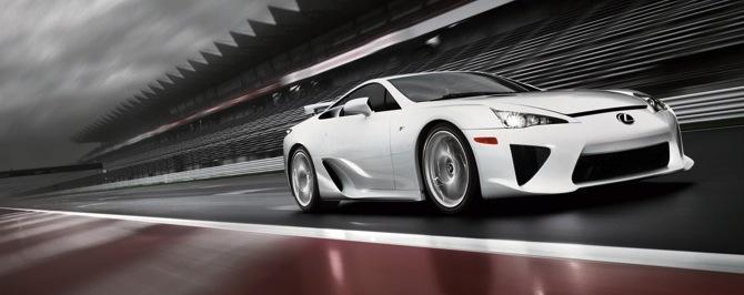 Lexus LF-A - superauto ar pārsteigumu