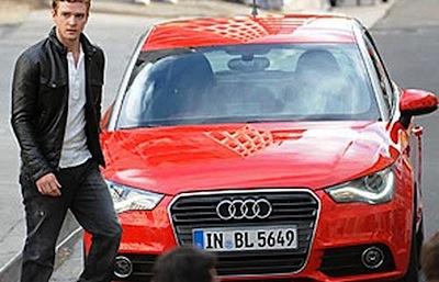 Džastins Timberleiks pieķerts ar Audi A1
