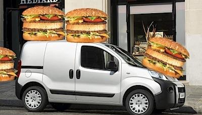 Peugeot piedāvā auto ar hamburgeriem. Nē nopietni