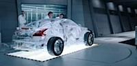 Stikla Nissans reklamē eļļu