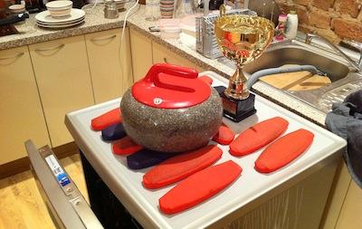 Electrolux RealLife trauku mazgājamās mašīnas konkurss noslēdzies ar kērlinga inventāra mazgāšanu
