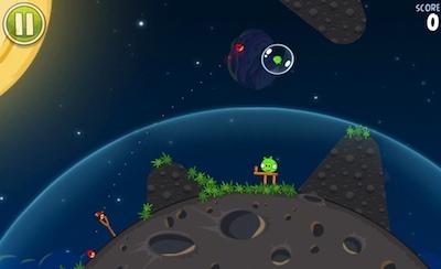 Klāt jaunie dusmīgie putni kosmosā - Angry Birds Space