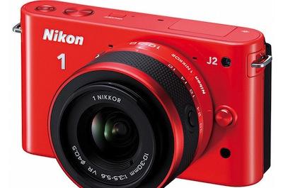 Nikon atjaunina 1 System sēriju, jaunā J2 piestāvēs jūsu oranžajam uzvalkam