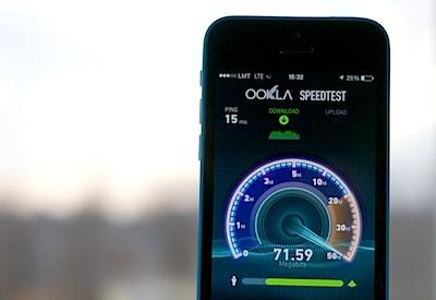 LMT pirmais Latvijā piedāvā 4G internetu telefonos