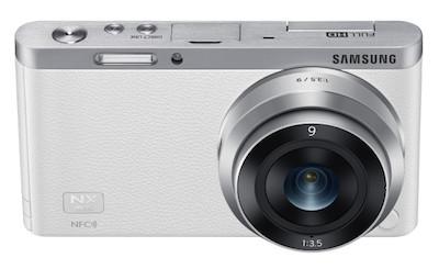 Samsung pārsteidz pasauli ar vismazāko maināmo objektīvu kameru - NX mini