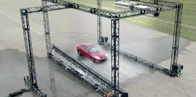 Toyota Corolla, kādu tu to vēl neesi redzējis (video)