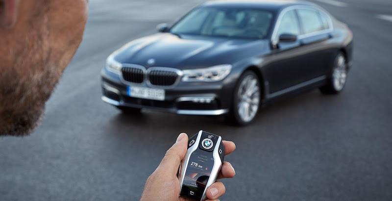 Tavs jaunais BMW pats iebrauks garāžā