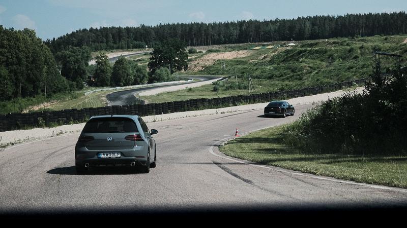 """Pirmie iespaidi par VW Golf GTI TCR """"teju sacīkšu auto"""""""
